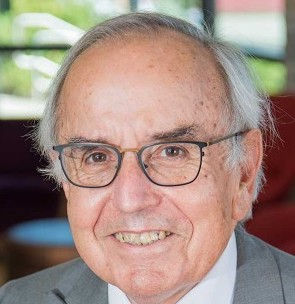 Dr Art Cyr, Clausen Distinguished Professor of Political Economy and World Business at Carthage College