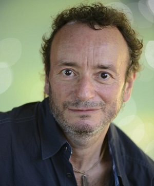 Author Jeremy Lent