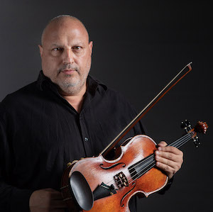 Professional violist and Kenosha native Paul Cortese.