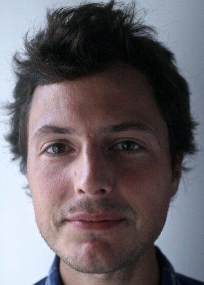 Stephen Kurczy, author